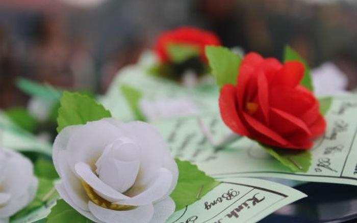 Cảm xúc mùa Vu lan: Bông hồng mầu nhiệm