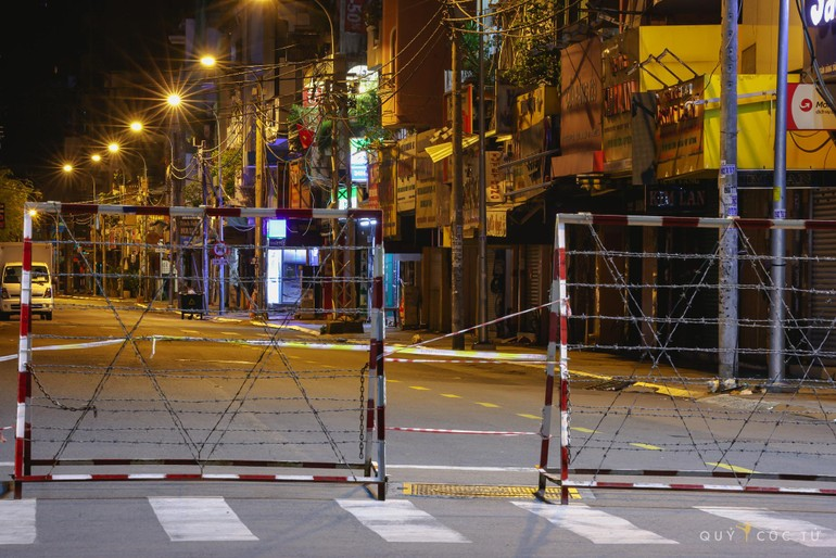 Sài Gòn những ngày giãn cách - Ảnh: Ngô Trần Hải An