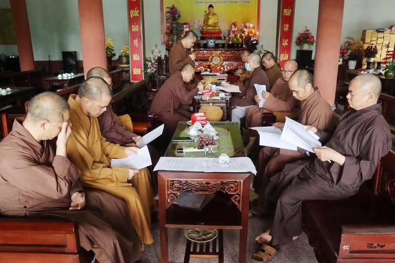 Toàn cảnh kỳ họp Ban Thường trực Ban Trị sự Phật giáo tỉnh Thái Bình sáng 3-10