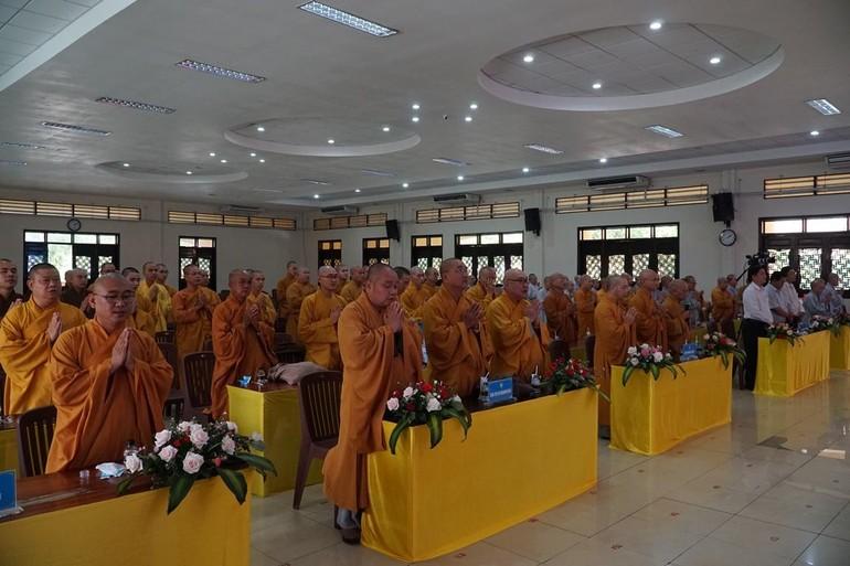 Phiên trù bị để ra soát công tác tổ chức cho Đại hội chính thức ngày mai 18-4.
