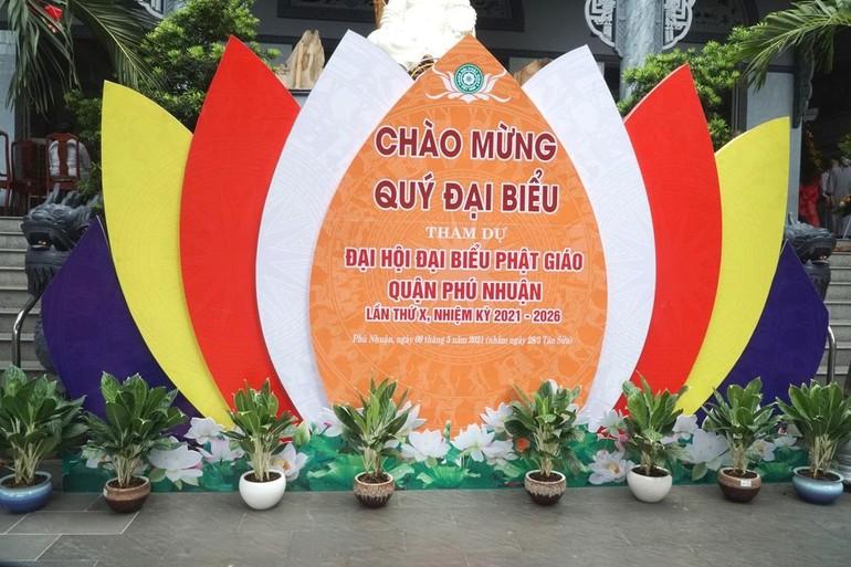 Trang trí chào mừng đại hội tại tổ đình Kim Sơn