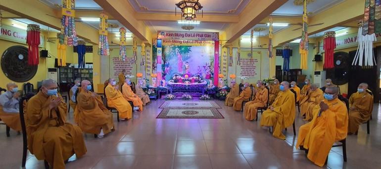 Lễ Phật đản Phật giáo quận Tân Bình tổ chức nội bộ - Ảnh: Ban TT-TT Phật giáo Q.Tân Bình