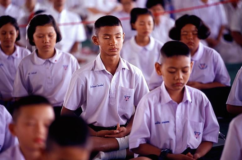 Ở Thái Lan và nhiều nước, thiền Phật giáo được đưa vào trường học giúp học sinh định tĩnh và học tập tốt hơn - Ảnh: pixabay