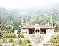 Chùa Văn Tiêu trên đường lên Yên Tử
