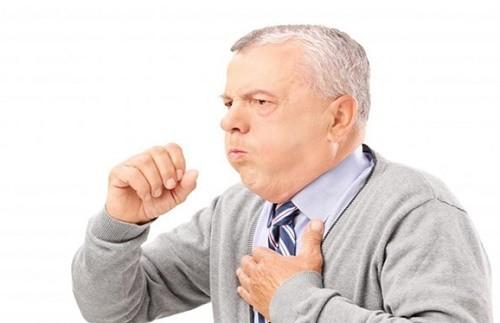 Vì sao bệnh viêm phổi hay tấn công người cao tuổi?