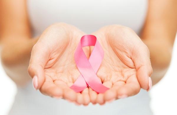 Tái tạo ngực miễn phí cho bệnh nhân ung thư khó khăn