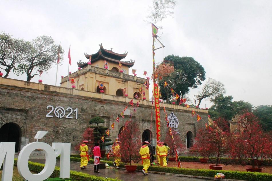 """Tái hiện nghi lễ """"Tiến xuân ngưu"""" ở di tích Hoàng thành Thăng Long ảnh 3"""
