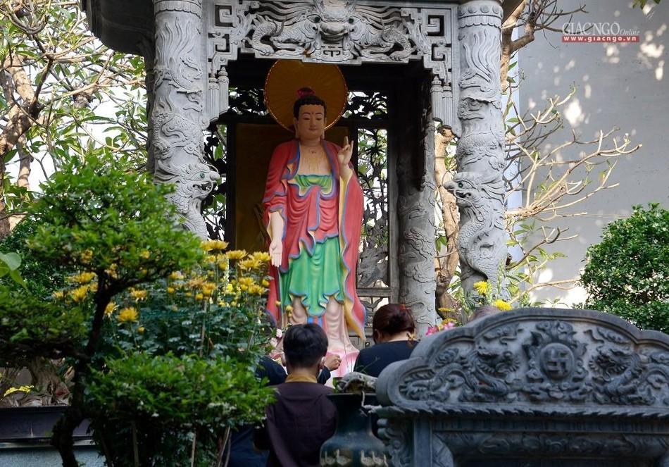 Cảnh chùa Sài Gòn - TP.HCM lung linh trong nắng xuân ảnh 13