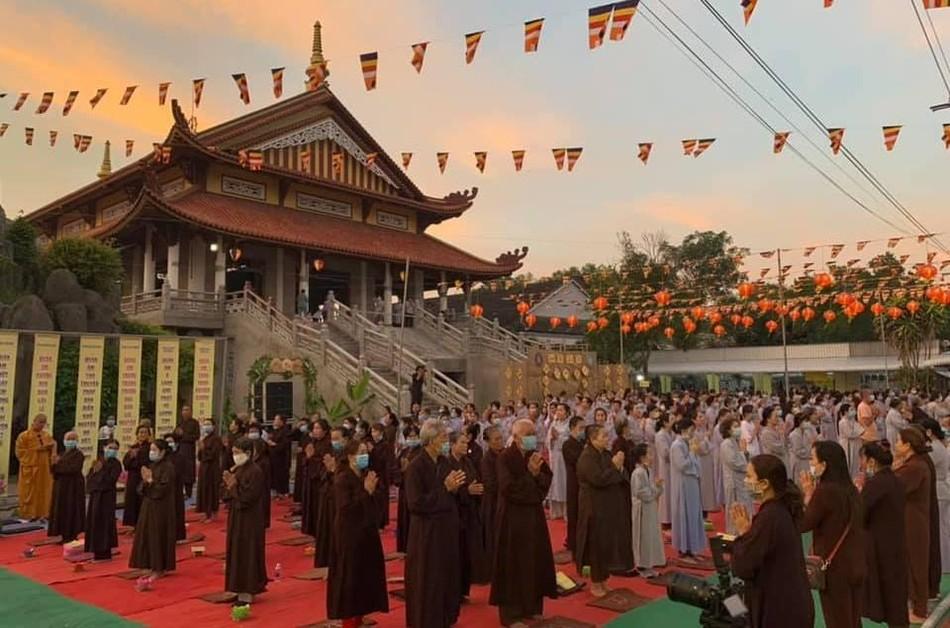 Lễ khánh đản Đức Quan Âm và rót đồng tôn tạo tượng Phật Bổn Sư tại chùa Bửu Thọ ảnh 5