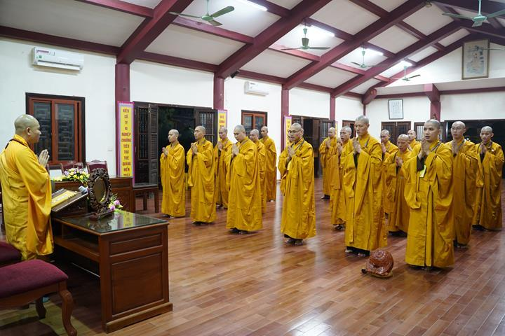 Chính thức truyền giới tại Đại giới đàn Hà Nội Phật lịch 2565 ảnh 106