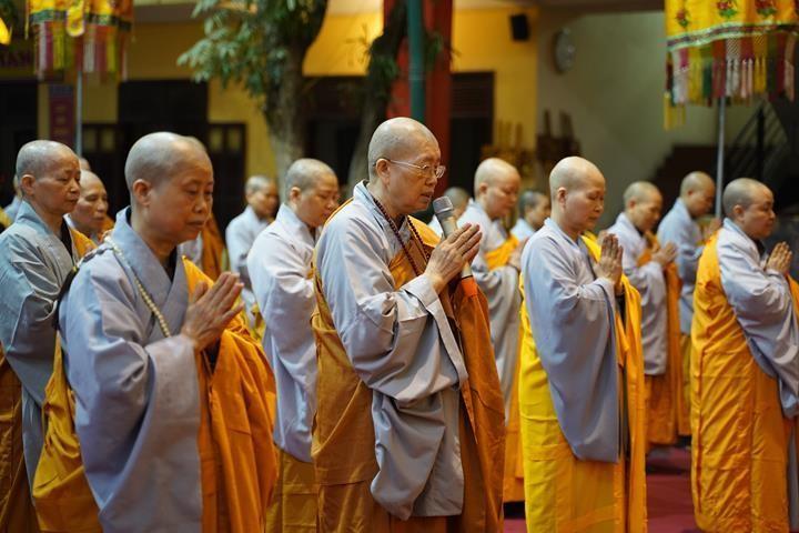 Chính thức truyền giới tại Đại giới đàn Hà Nội Phật lịch 2565 ảnh 15