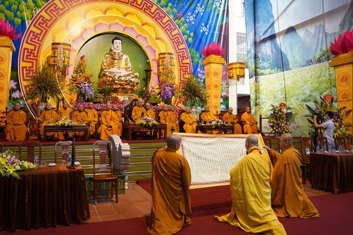Chính thức truyền giới tại Đại giới đàn Hà Nội Phật lịch 2565 ảnh 29