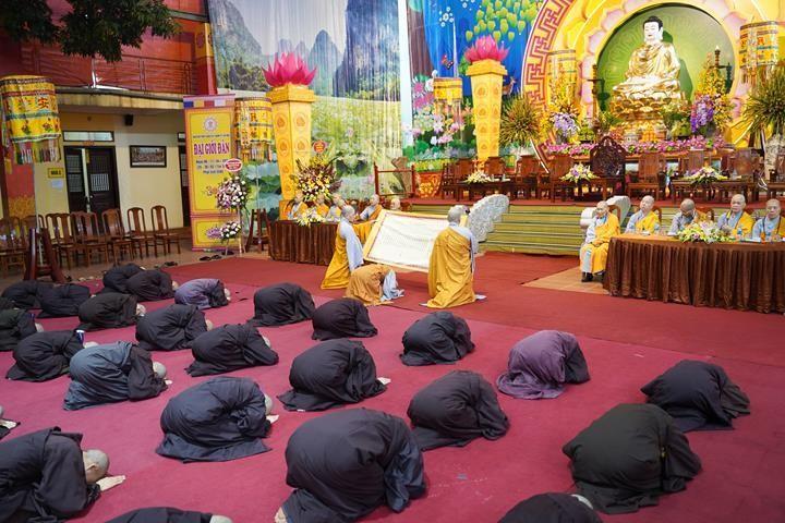 Chính thức truyền giới tại Đại giới đàn Hà Nội Phật lịch 2565 ảnh 32