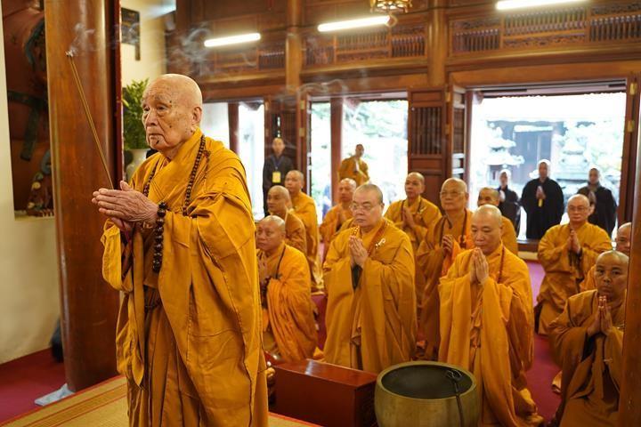 Chính thức truyền giới tại Đại giới đàn Hà Nội Phật lịch 2565 ảnh 1
