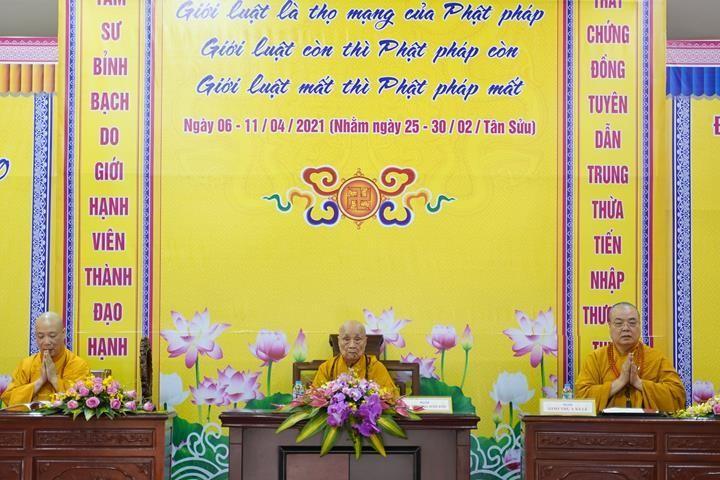 Chính thức truyền giới tại Đại giới đàn Hà Nội Phật lịch 2565 ảnh 39