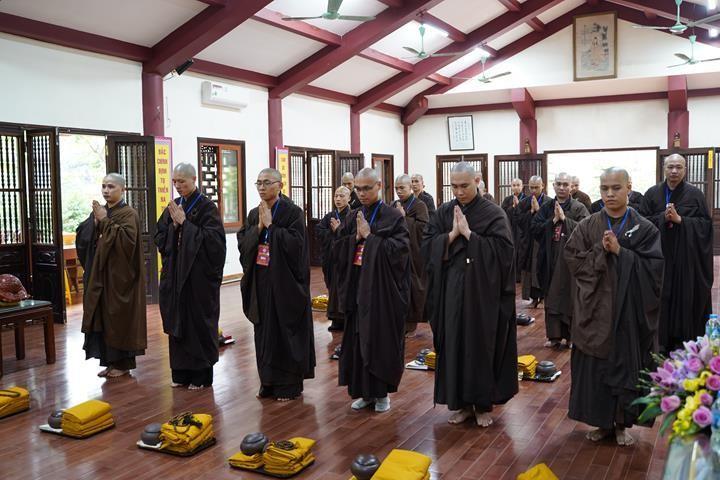 Chính thức truyền giới tại Đại giới đàn Hà Nội Phật lịch 2565 ảnh 41