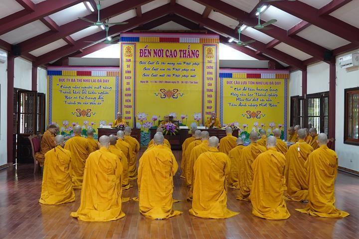 Chính thức truyền giới tại Đại giới đàn Hà Nội Phật lịch 2565 ảnh 50