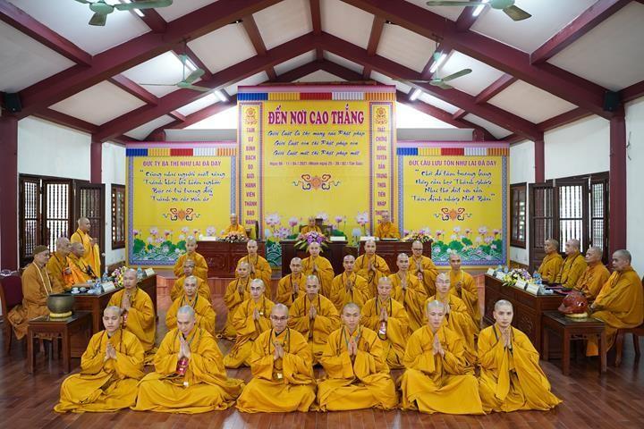 Chính thức truyền giới tại Đại giới đàn Hà Nội Phật lịch 2565 ảnh 51