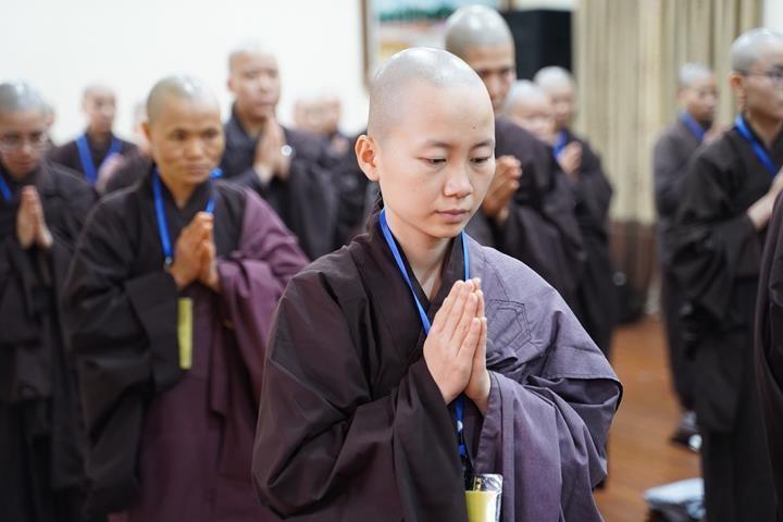 Chính thức truyền giới tại Đại giới đàn Hà Nội Phật lịch 2565 ảnh 59