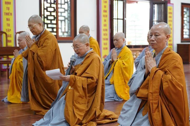 Chính thức truyền giới tại Đại giới đàn Hà Nội Phật lịch 2565 ảnh 69