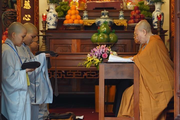 Chính thức truyền giới tại Đại giới đàn Hà Nội Phật lịch 2565 ảnh 80