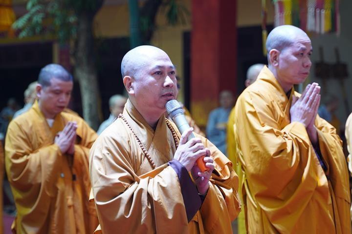 Chính thức truyền giới tại Đại giới đàn Hà Nội Phật lịch 2565 ảnh 96