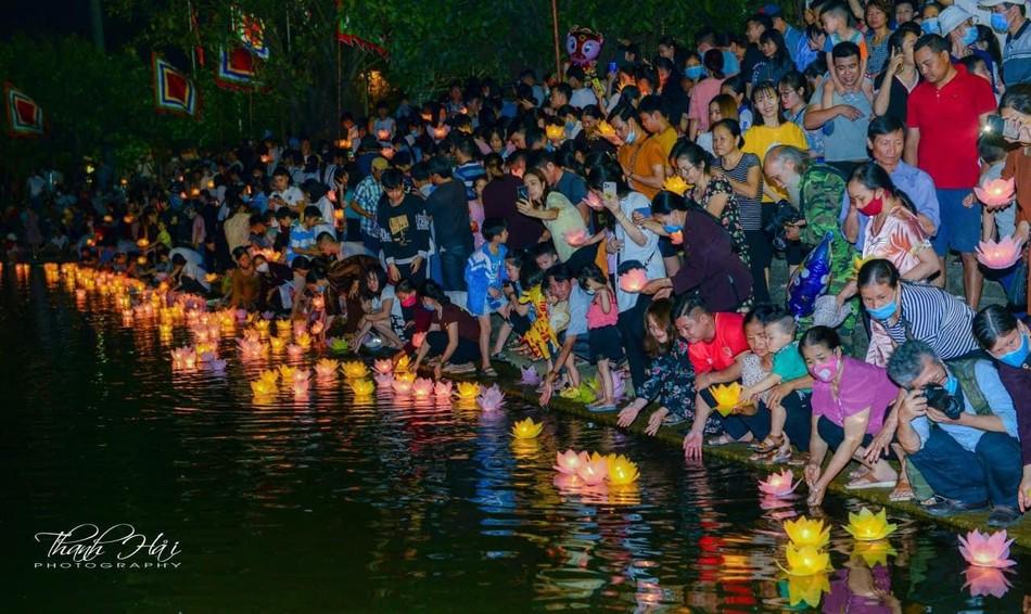 Ninh Bình: Lễ cầu quốc thái dân an và hoa đăng ở cố đô Hoa Lư ảnh 19