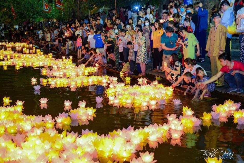 Ninh Bình: Lễ cầu quốc thái dân an và hoa đăng ở cố đô Hoa Lư ảnh 22
