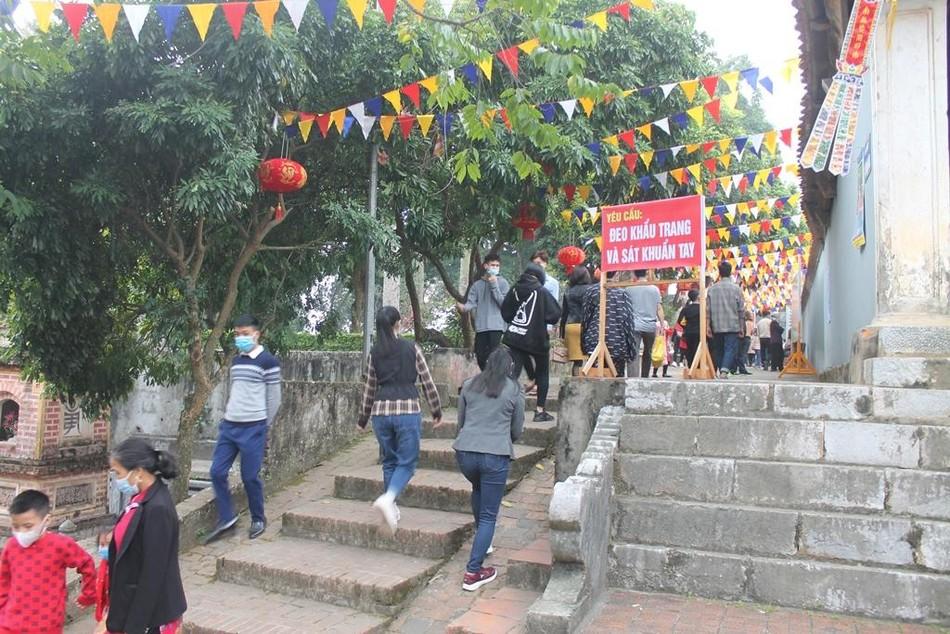 Lễ hội chùa Trăm Gian ảnh 1