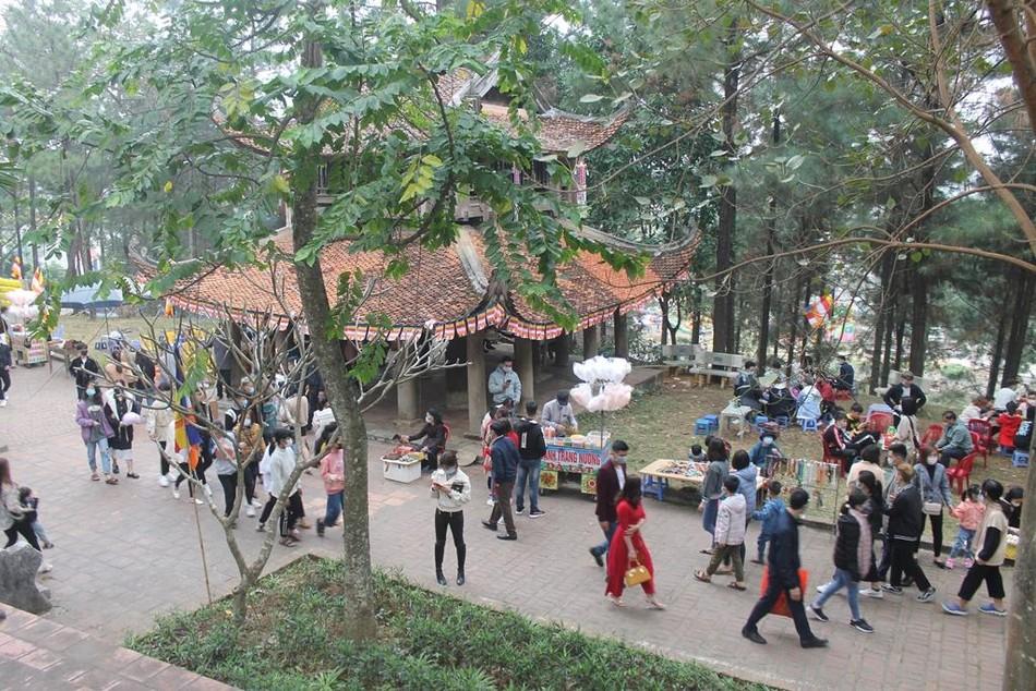 Lễ hội chùa Trăm Gian ảnh 5
