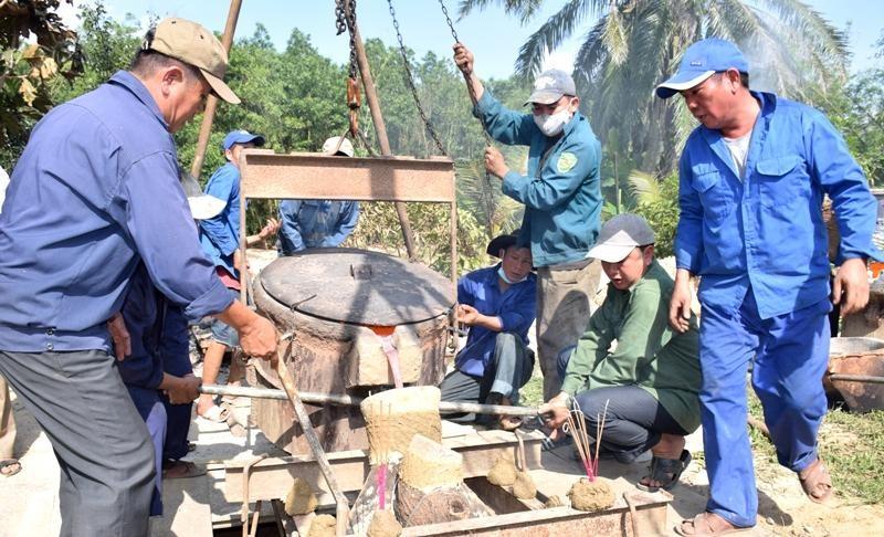 Quảng Trị: Lễ cầu nguyện công trình đúc Đại hồng chung chùa Trúc Kinh ảnh 2
