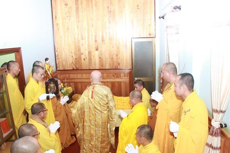 Quảng Nam: Lễ nhập kim quan Trưởng lão Hòa thượng Thích Thiện Duyên ảnh 1