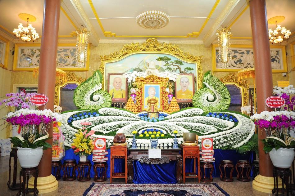 Trang nghiêm lễ tưởng niệm năm thứ 7 ngày Đại lão Hòa thượng Thích Trí Tịnh viên tịch ảnh 1